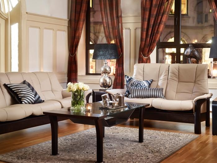 stressless buckingham hoch von 180 auf wolke 7. Black Bedroom Furniture Sets. Home Design Ideas