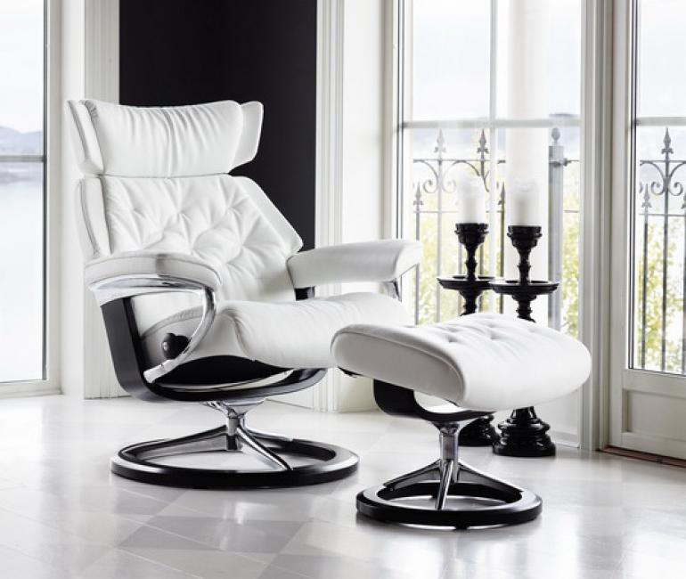 stressless skyline bequemsessel von 180 auf wolke 7. Black Bedroom Furniture Sets. Home Design Ideas