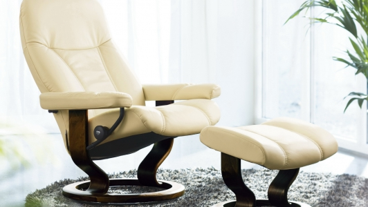 Stressless Consul mit Hocker – Medium